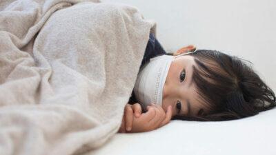 10 Tanda Terkena Penyakit Tipes. Ternyata Tak Hanya Demam Saja