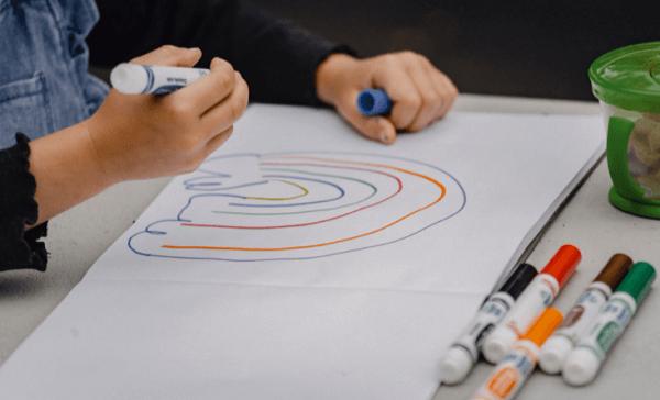Ilustrasi Cara Mudah Mengajarkan Anak Tk Menggambar